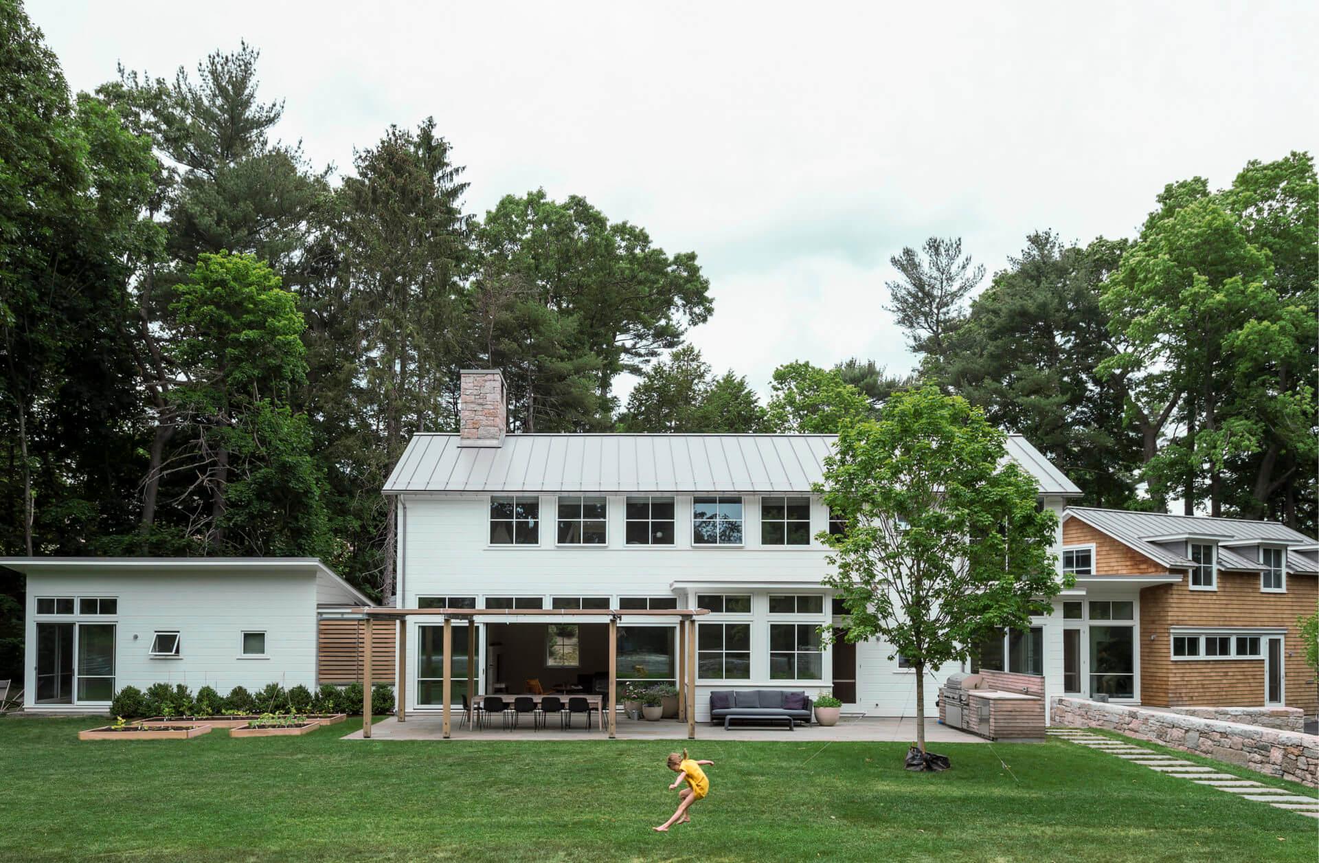 New England Modern, Hingham